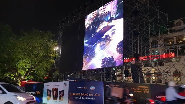 Lắp đặt màn hình Led ngoài trời tại Quảng Trường Đông Kinh Nghĩa Thục