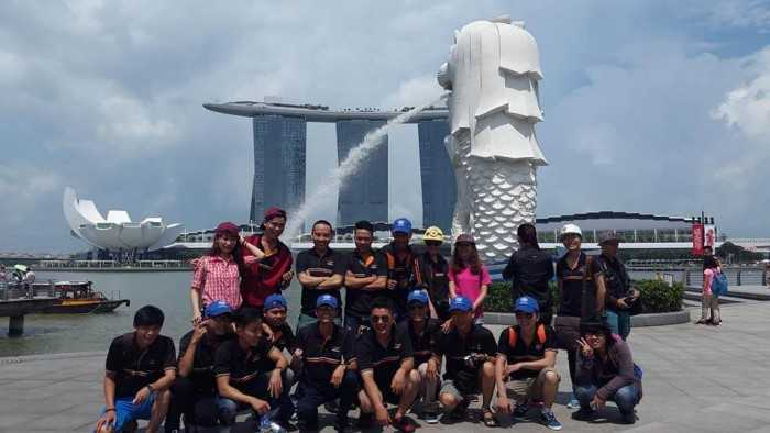 Du lịch công ty Alta Media tại Singapore