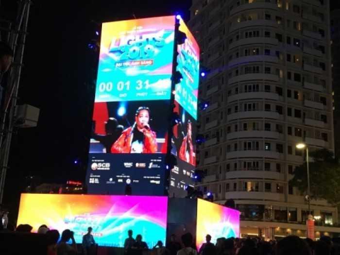 Cho thuê màn hình Led P3 chương trình Countdown tại phố đi bộ Nguyễn Huệ