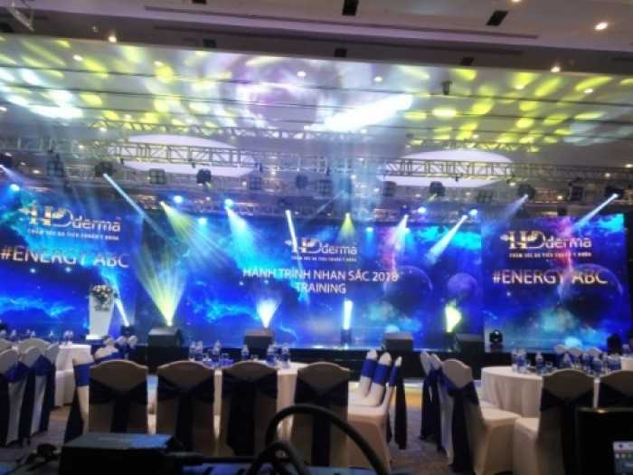 Cho thuê màn hình Led trong nhà - màn hình Led P3 tại khách sạn Sheraton