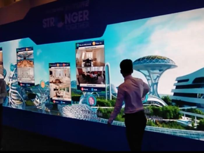 Lập trình tương tác Tường Led màn hình Panoramic đa điểm chạm