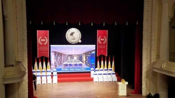Cho thuê màn hình Led lễ tốt nghiệp trường Đại học Quốc tế Sài Gòn - sử dụng màn hình Led P3 indoor