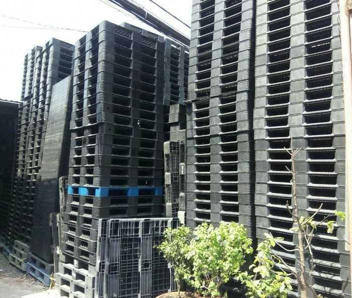 Pallet nhựa Hà Nội, công ty sản xuất & bán pallet nhựa rẻ nhất cho các khu công nghiệp & chế xuất bao quanh