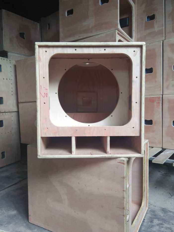 Tự đóng thùng loa giúp tiết kiệm chi phí nhưng âm thanh vẫn sắc nét