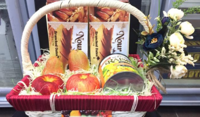Giỏ trái cây tươi, trái cây sấy khô nhập khẩu