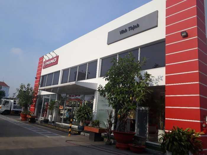 Showroom Hino Vĩnh Thịnh - Đại Lý Hino 3S đầu tiên tại Bình Dương