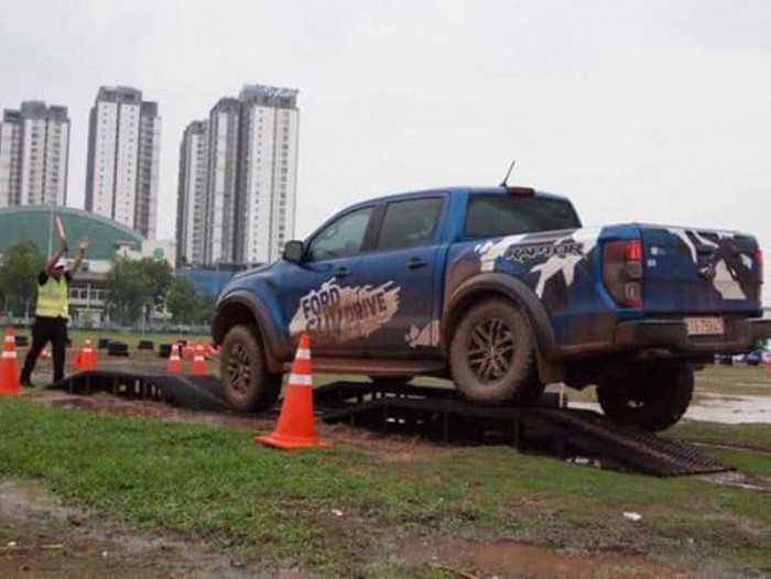 Lái thử Ford Ranger Raptor
