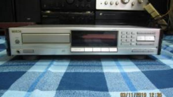 CD Teac ZD900