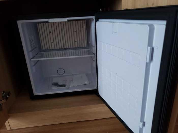 tủ lạnh khách sạn