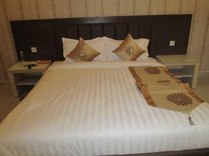 Bộ chăn ra gối khách sạn đẹp(4)