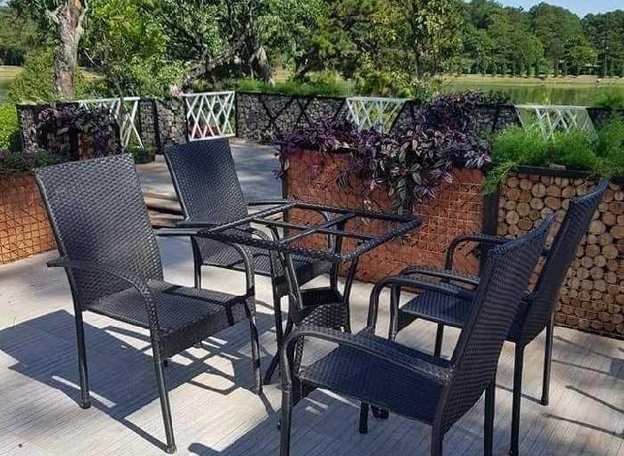 Những điều bạn cần lưu ý để mua được bàn ghế quán cafe thanh lý giá rẻ, chất lượng tốt