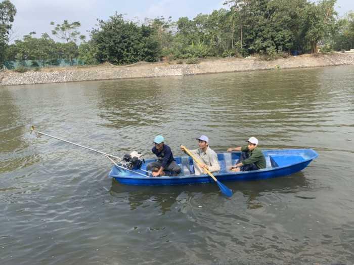 Thuyền Composite màu xanh - MuaBanNhanh