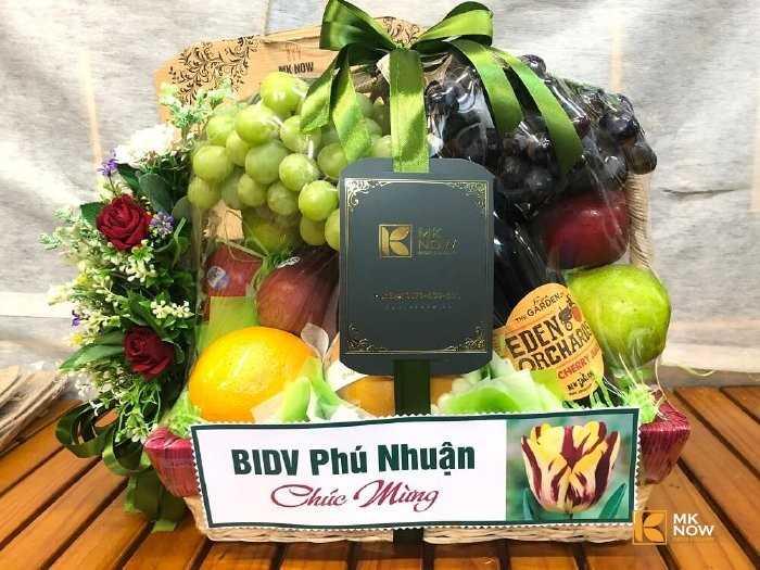 Giỏ quà trái cây tặng khách hàng
