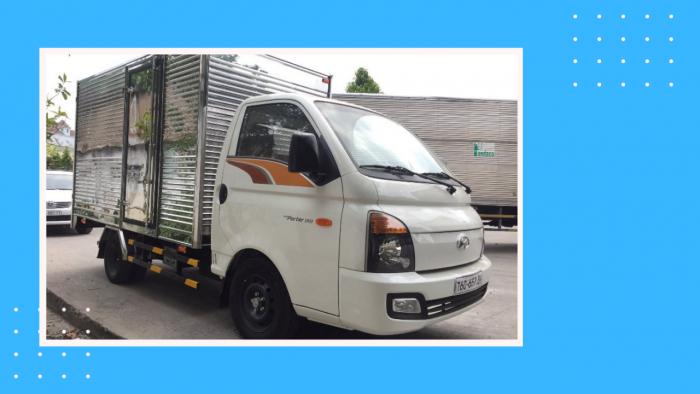 Xe tải 1.5 tấn H150 thùng kín gắn bửng nâng hạ - Porter 150 1t5