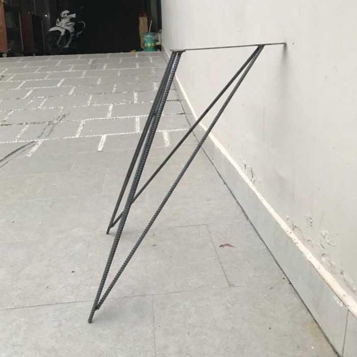 Chân bàn sắt nghệ thuật - Ảnh: 2