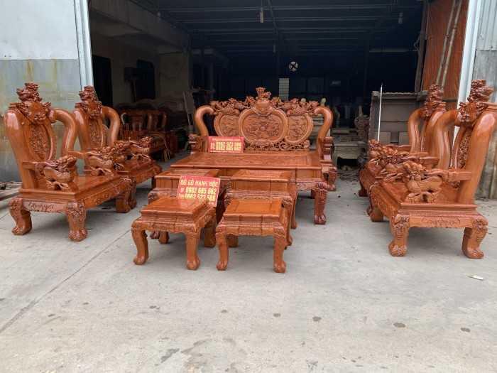Bàn ghế gỗ phòng khách, mẫu bàn ghế gỗ phòng khách đẹp nhất 2020