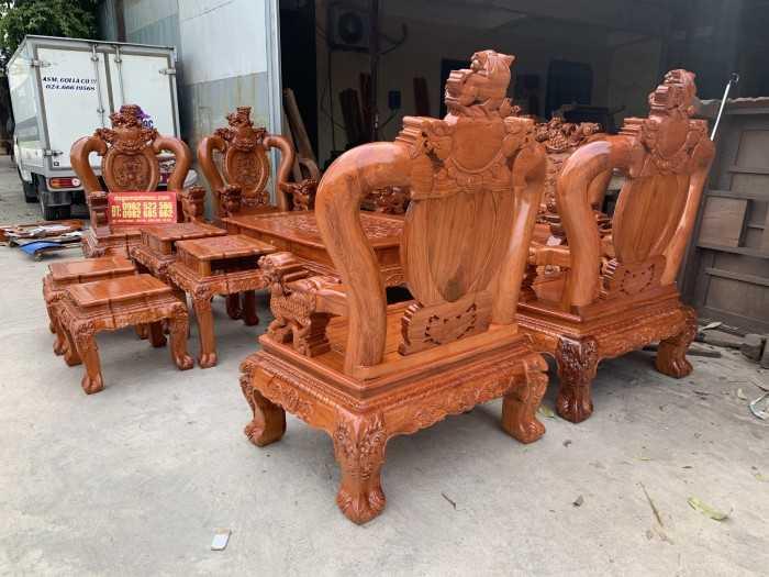 Các mẫu bàn ghế gỗ phòng khách, mẫu bàn ghế gỗ phòng khách mới nhất năm 2020