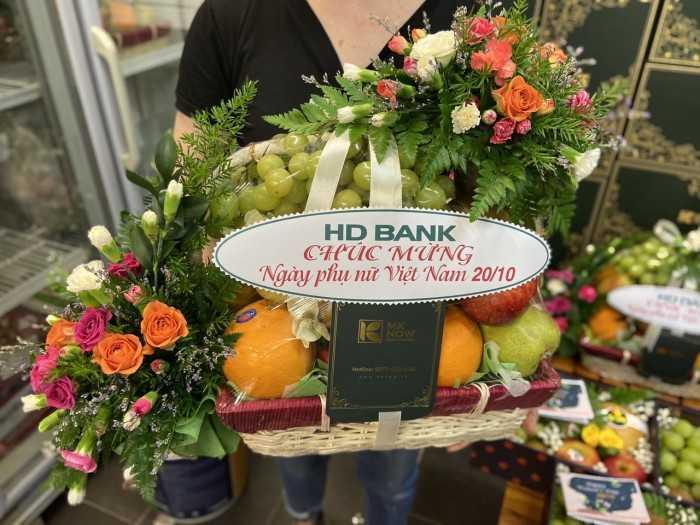 Giỏ quà hoa quả nhập khẩu tặng mẹ