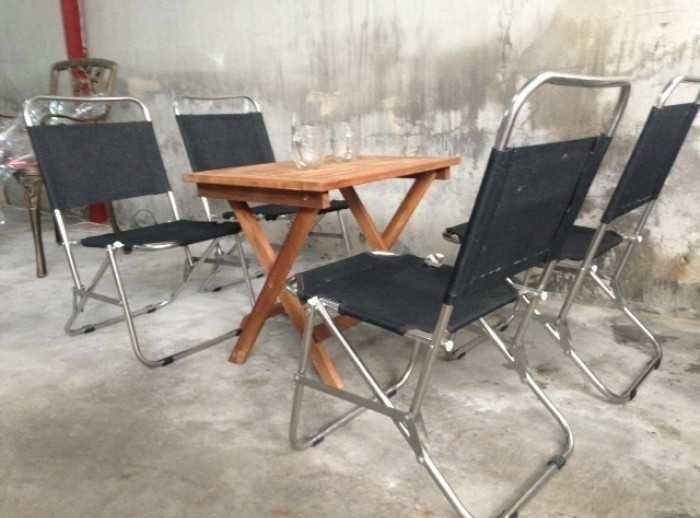 Mẫu bàn ghế xếp lưới lưng thấp màu đen