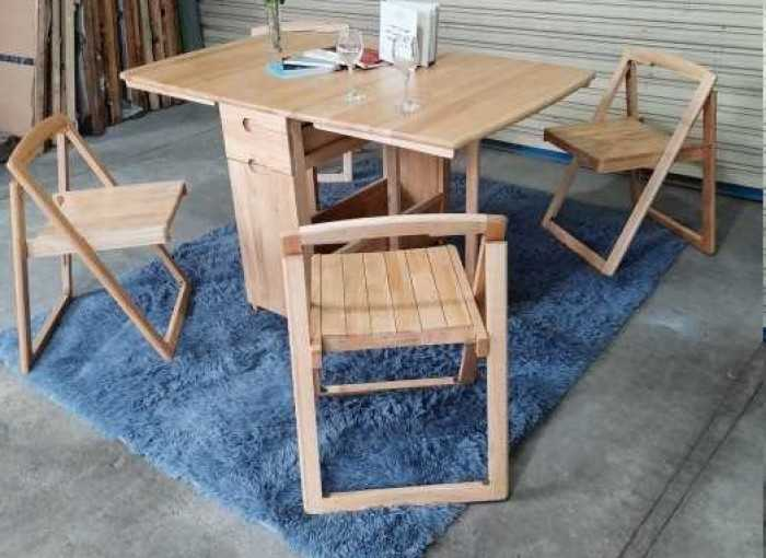 Bàn ghế gỗ gấp gọn cho quán cafe vỉa hè