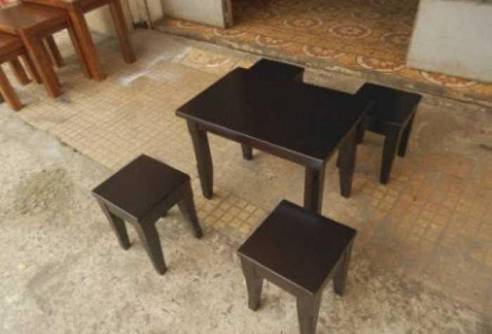 Mẫu bàn ghế gỗ không lưng tựa đẹp