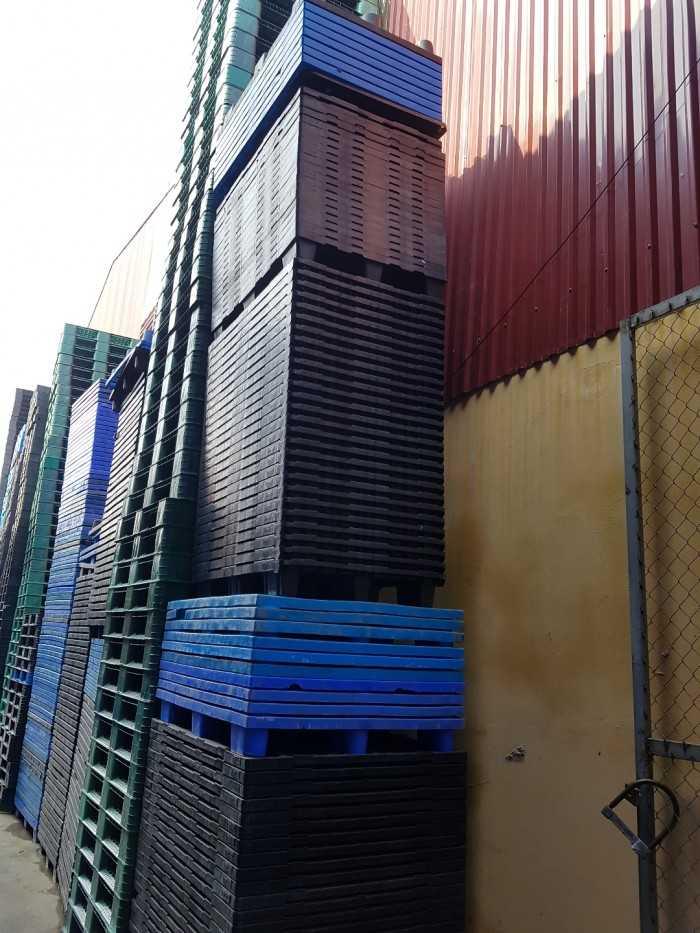 Nhập khẩu trực tiếp & phân phối sản phẩm Pallet nhựa mới
