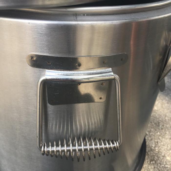 Thùng inox giữ nhiệt thiết kế tay cầm vừa vặn, gia công thùng inox theo yêu cầu