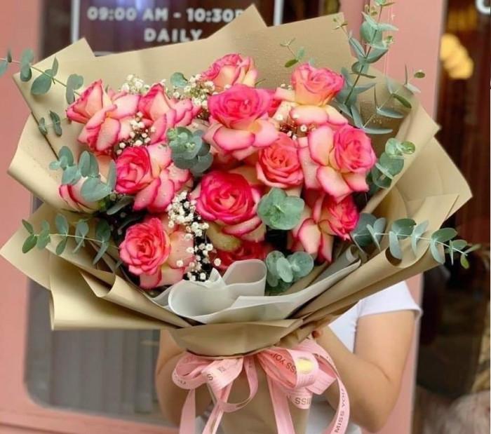 Giấy gói hoa là giấy gì? Phụ kiện giấy gói hoa khổ lớn, màu đen, xanh, vàng, nâu, đỏ, tím, trắng