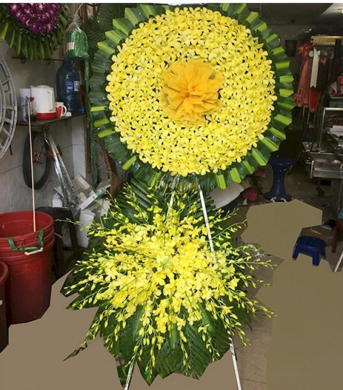 Có được mang vòng hoa viếng lễ tang cán bộ, công chức, viên chức?
