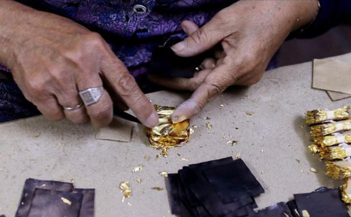 Cách dát vàng lên tượng Phật