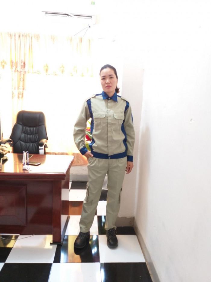 Cung cấp quần áo bảo hộ lao động có sẵn