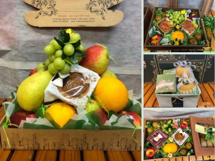 Quà Trung thu cho doanh nghiệp trong mùa COVID-19: set quà trái cây nhập khẩu bổ dưỡng, tốt cho sức khỏe mix cùng bánh trung thu TPHCM