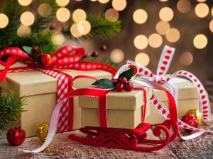 Top quà tặng Giáng sinh cho khách hàng trên MuaBanNhanh