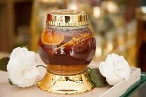 Mua quà tân gia Hàn Quốc cao cấp tặng sếp - Bình hoa mai sâm ngâm mật ong, món quà nói lên đẳng cấp