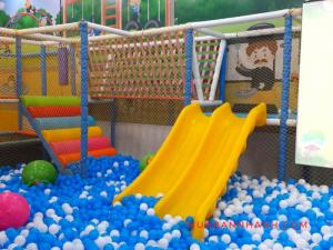 Top 10 cầu trượt cho bé được trường mầm non, hồ bơi, nhà bóng, công viên đặt mua nhiều nhất trên MuaBanNhanh