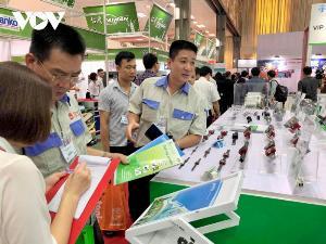Thương mại điện tử giúp doanh nghiệp trụ vững trong dịch Covid-19