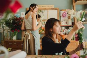 Kinh doanh shop hoa tươi cần bao nhiêu vốn? Chi phí kinh doanh hoa tươi bạn cần biết