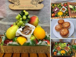 Quà tặng Trung thu cho khách hàng mùa COVID-19: set hoa quả nhập khẩu cao cấp mix bánh trung thu, giao nhận tận nhà tại TPHCM